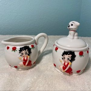 Betty Boop Sugar and Creamer Set